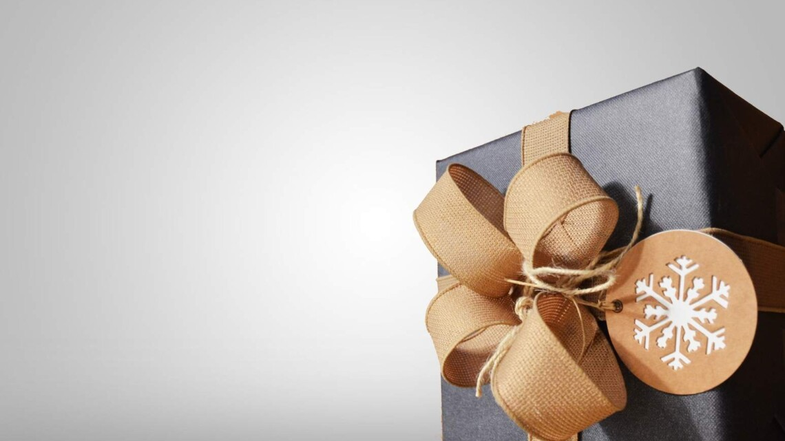 Online Christmas Shopping: Tips and Tricks for getting it right