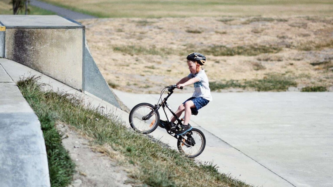 Free or cheap activities to keep your kids busy over the summer
