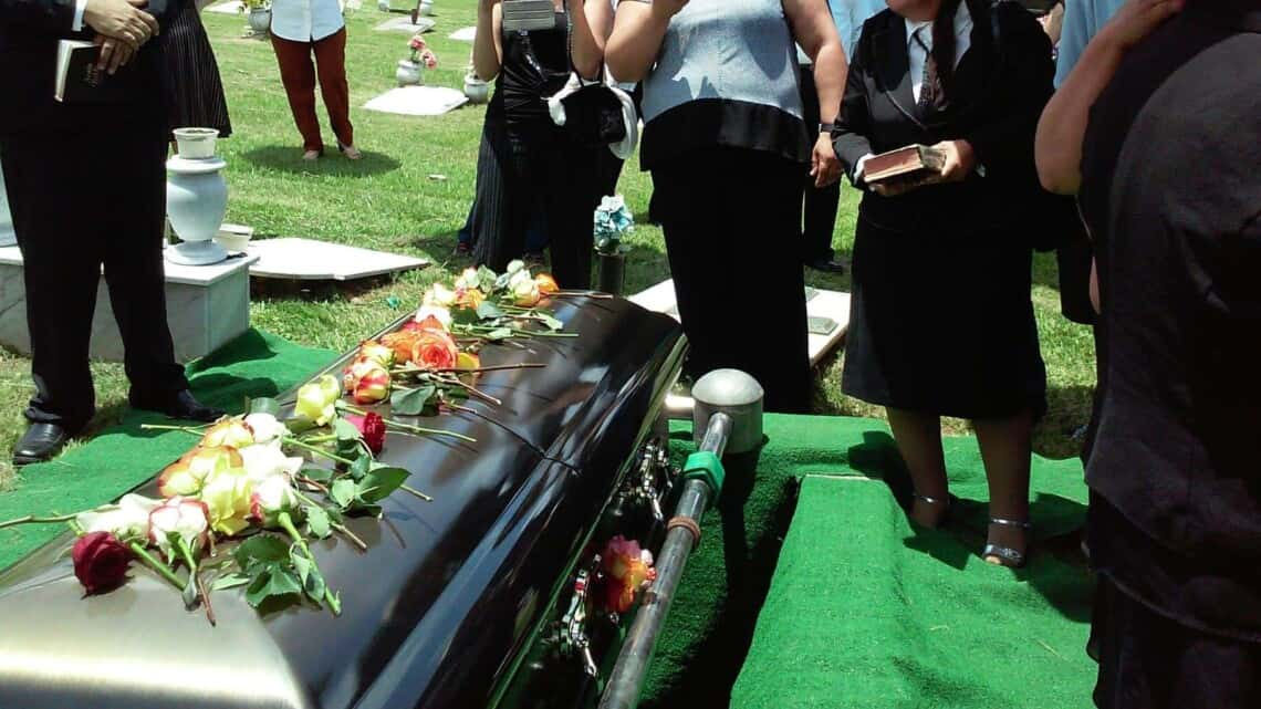 4 Common Questions About Funeral Plans