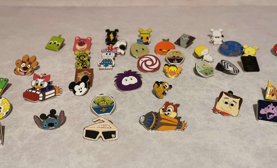 Disney Pin Trading – What is it and how do you do it?